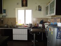 10S900055: Kitchen