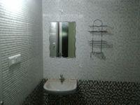 12A8U00022: Bathroom 2