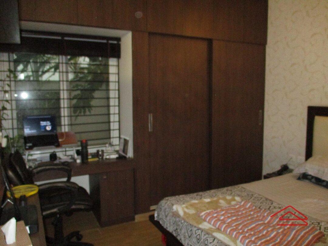 15M3U00326: Bedroom 1