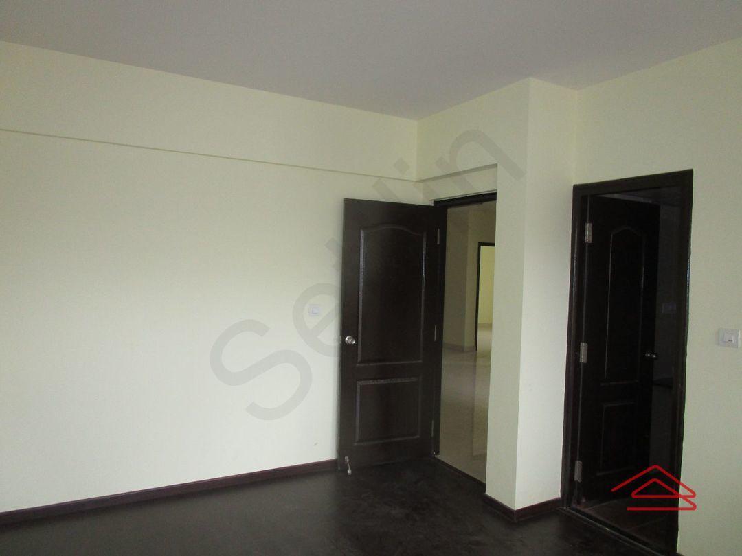 13M5U00809: Bedroom 1