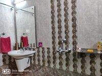 15S9U01022: Bathroom 1