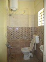 14A8U00093: bathrooms 1