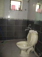 13F2U00182: Bathroom 2