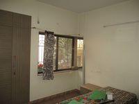 13F2U00182: Bedroom 2