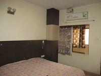 13F2U00182: Bedroom 1