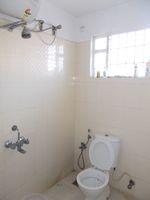 12DCU00250: Bathroom 2