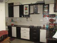 10S9U00268: Kitchen
