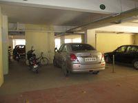 10S9U00268: parking