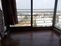 13M5U00197: Balcony 2
