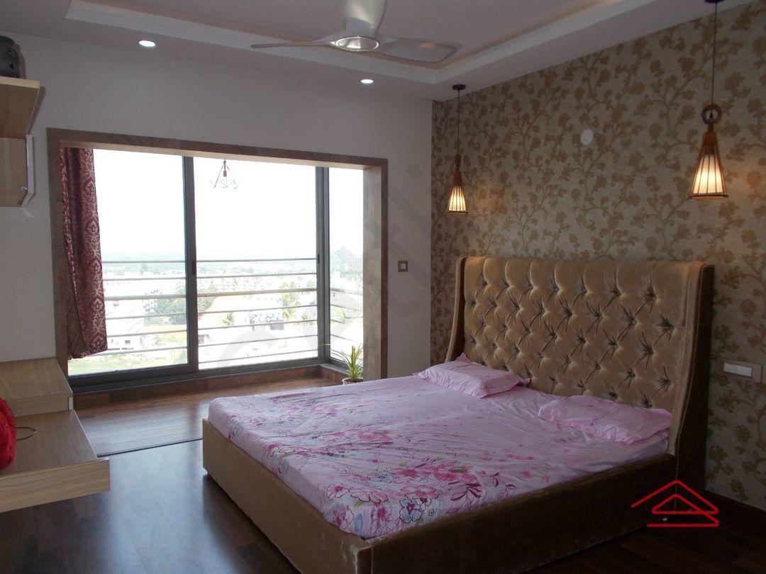 13M5U00197: Bedroom 1
