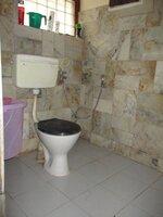 15S9U01054: bathroom 3