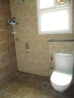 15A4U00281: Bathroom 1