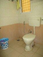 15F2U00154: Bathroom 2