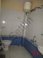 10DCU00309: Bathroom 2