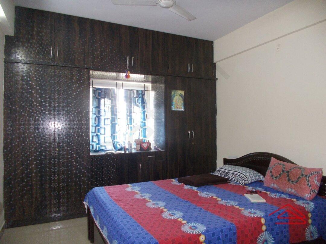 15J1U00375: Bedroom 1