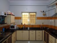 12NBU00073: Kitchen 1