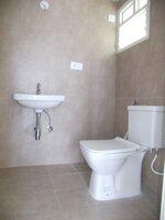 15J1U00129: Bathroom 1