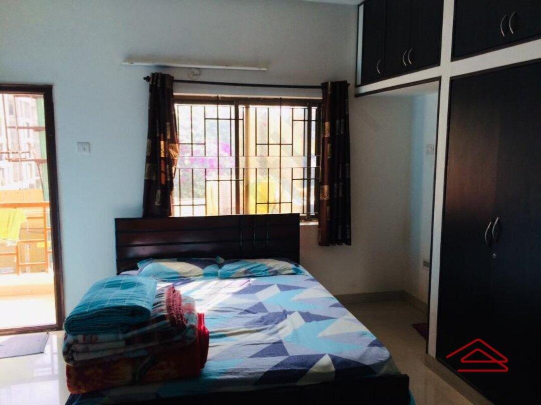 11M5U00100: Bedroom 1