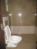 15J1U00475: Bathroom 1