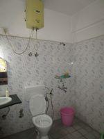 13A4U00246: Bathroom 2