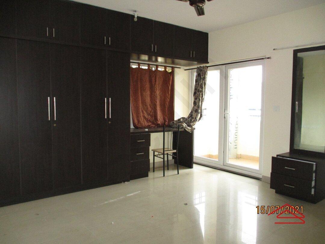 15J7U00059: Bedroom 1