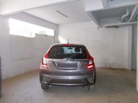 12DCU00301: parking