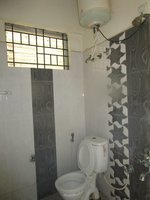 14J6U00344: Bathroom 1