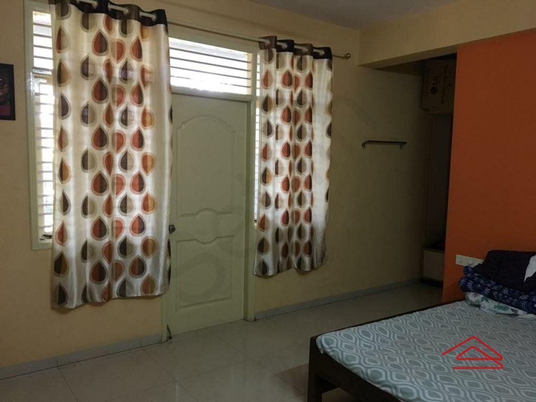 12DCU00193: Bedroom 1