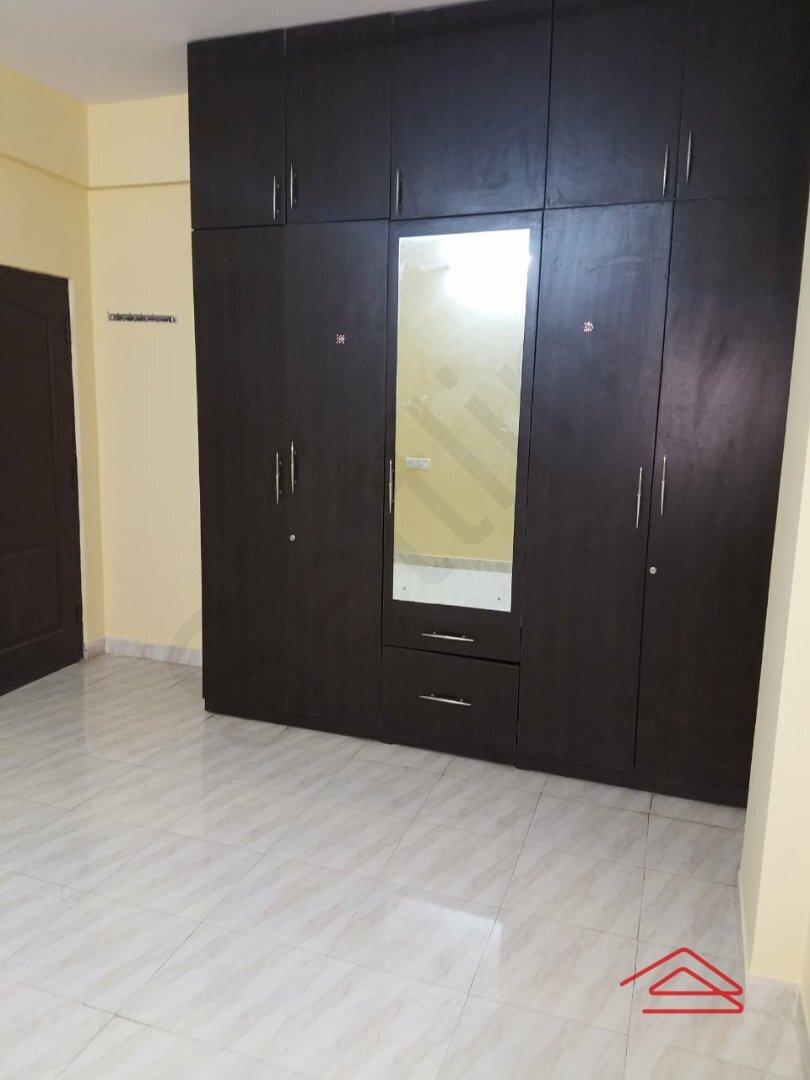 15J7U00114: Bedroom 1