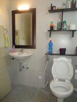 15J7U00158: Bathroom 2