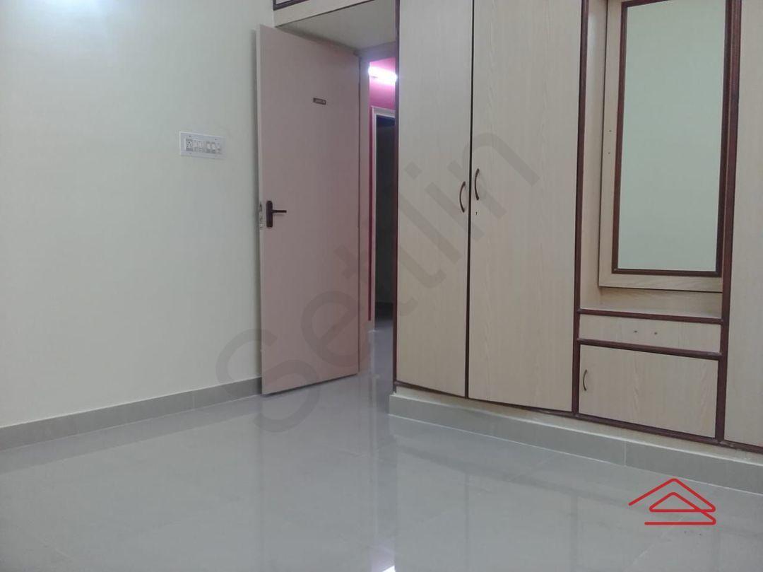 10A4U00043: Bedroom 1