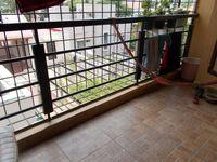 13M5U00597: Balcony 1