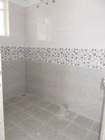 13J7U00006: Bathroom 1