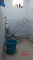 10NBU00144: Bathroom 2