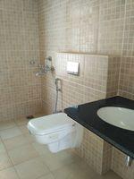 13J6U00366: Bathroom 1