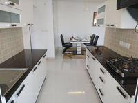 13J6U00574: Kitchen 1