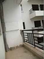10J7U00190: Balcony 2