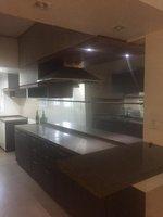13S9U00369: Kitchen 1