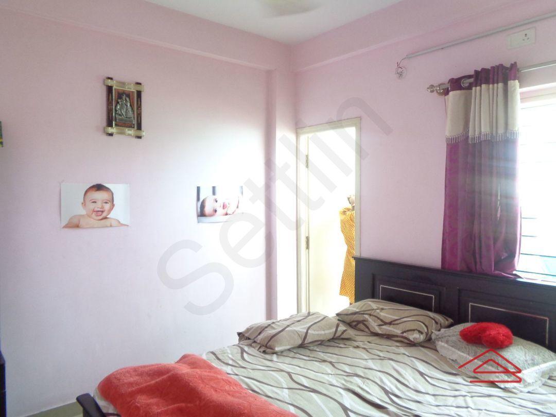 12J7U00311: Bedroom 1