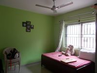13J7U00003: Bedroom 2