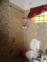 11J6U00214: Bathroom 2