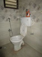 2: Bathroom 1