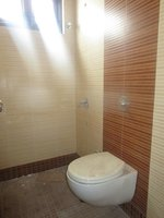 13J6U00511: Bathroom 3