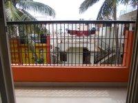 13OAU00207: Balcony 1