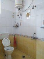 13OAU00207: Bathroom 2