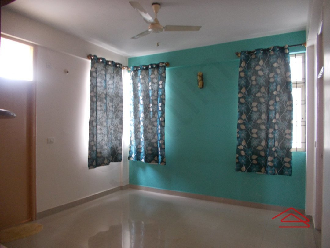 13OAU00207: Bedroom 1
