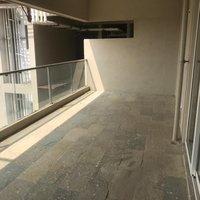 14F2U00033: Balcony 1