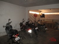 11M3U00103: parking