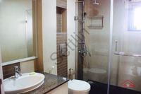 10DCU00049: Bathroom 1