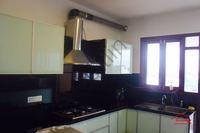 10DCU00049: Kitchen 1
